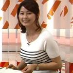 【女子アナエロ画像】杉浦友紀アナの着衣巨乳おっぱいは前からみても横から見ても盛り上がりが凄くて俺の股間『受信料より受精料を払いたい』と訴えている。