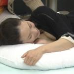 【ショップチャンネルエロ画像】嶋川朋美さんの胸チラとムギュムギュ谷間おっぱいスケベすぎwwww