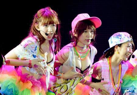 "AKB48おっぱい選抜のエロ画像07"""