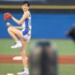 【横山ルリカ画像】始球式で見せた生脚太ももに腋がエロいアイドリング!!!の美女メンバーwww
