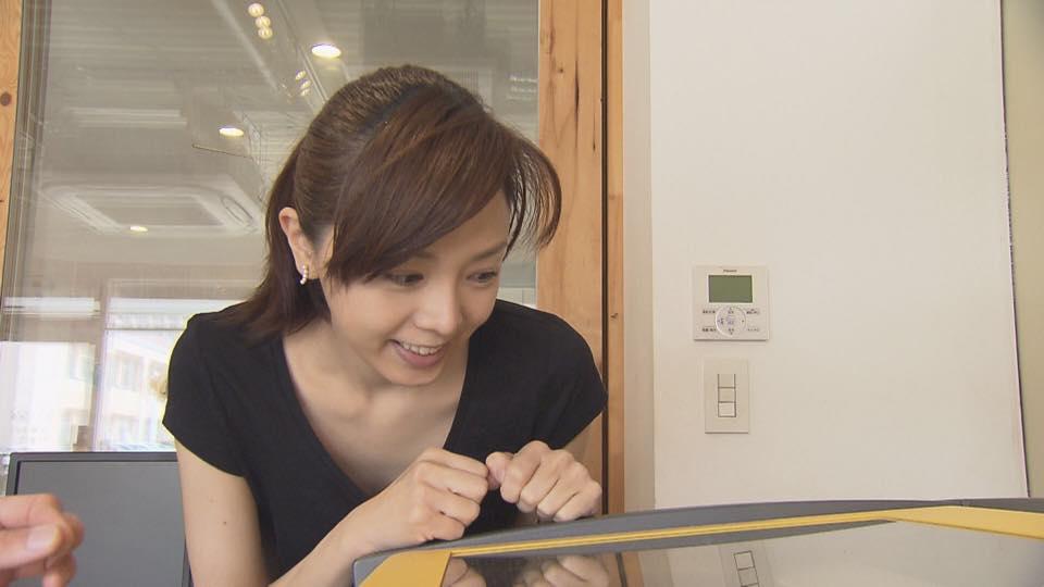 ものづくりカフェで作業に没頭する姿が妙にエロい森本智子アナのキャプ画像5