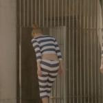 会長役・山崎紘菜ちゃんのお尻と腰チラが妙にエッチでムラムラくる監獄学園第9話のエロキャプwww