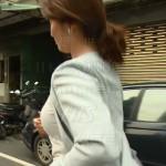 秋元玲奈アナのすげーやらしい横乳おっぱいや白パンツのデカ尻wwww