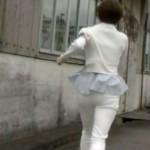 【女子アナ画像】雨宮萌果さんの白デニムパン線お尻が朝からステキなあさイチキャプw
