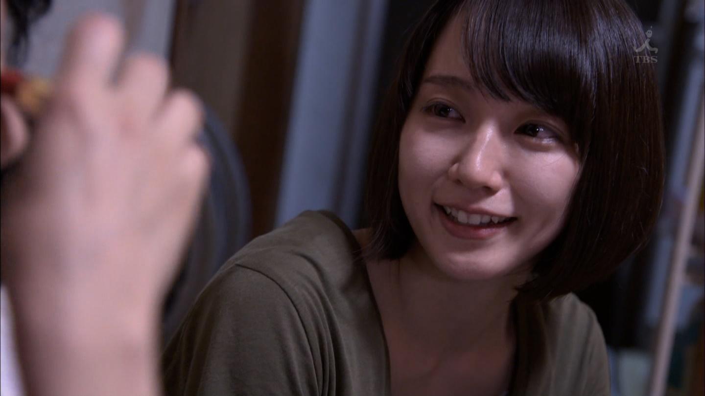 吉岡里帆ちゃんのおっぱい025