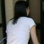田中泉さんのスケブラwwwホックを外していたずらしたくなる背中ww