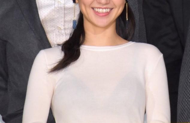 【有名人,素人画像】大島優子さん、思いっきりスケブラで舞台挨拶に登場wwwwwwwwwwww