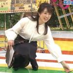 【GIF有】川田裕美アナがしゃがみパンチラwスカートの下に潜り込みたいリアルガチ勉!キャプ