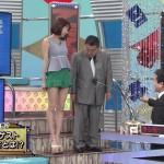 岡田紗佳さんと須田慎一郎さんの体型の差wwwノースリーブ生脚太ももから発する性的魅力がたまんないw
