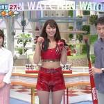 稲村亜美さんのマンスジみたいに見えるショートパンツ姿wバット降るのにもバンバン露出していくスタイルw