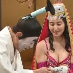 橋本マナミさんのムチムチおっぱいにめっちゃ顔うずめたいw志村けんのバカ殿様テレビキャプチャー画像