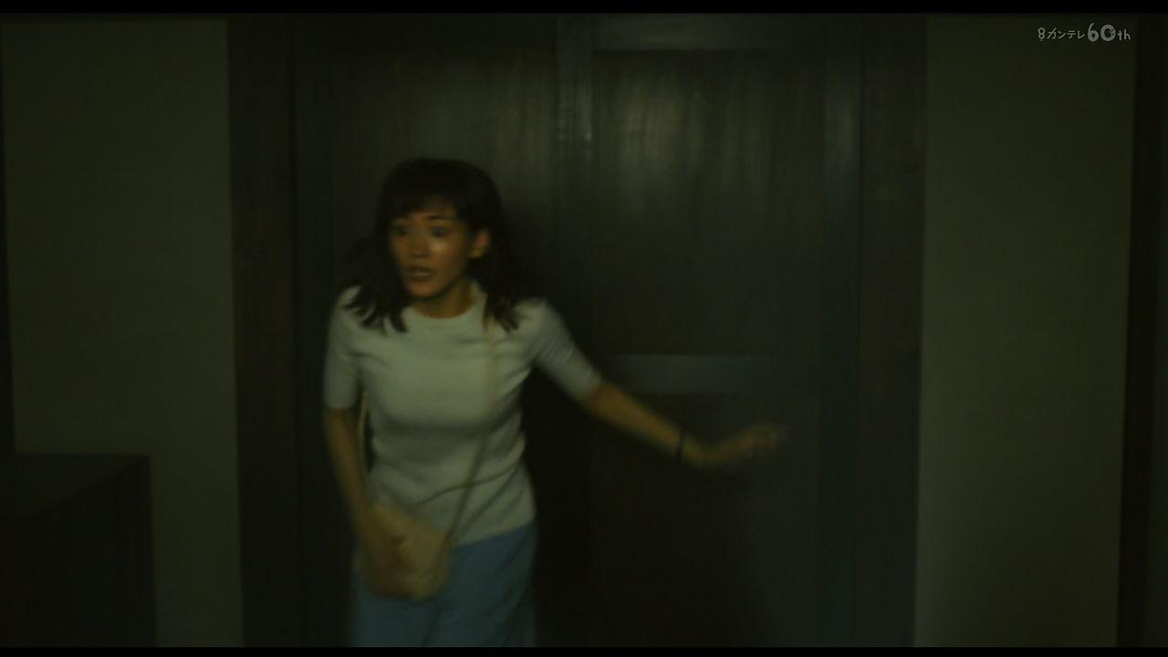 本能寺ホテル・綾瀬はるかさんのおっぱいキャプ画像24