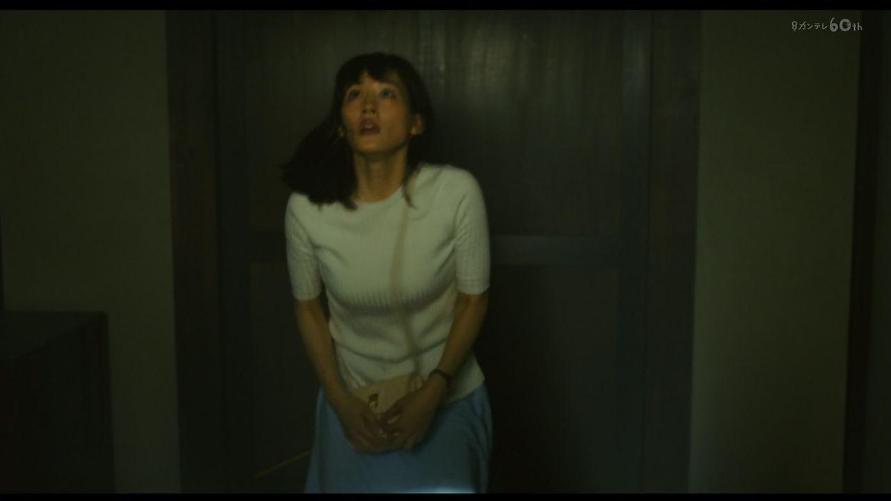 本能寺ホテル・綾瀬はるかさんのおっぱいキャプ画像27