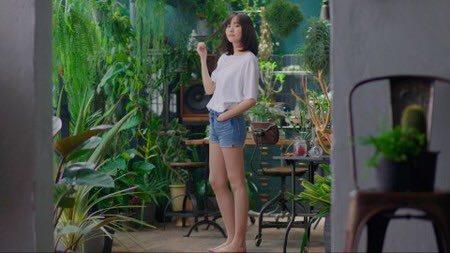 【画像】新垣結衣さんの脚線美むき出しショートおぱんちゅ姿 ω ω ω