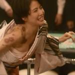 【画像】長澤まさみさんの全開ワキとちらつくおっぱいがエッチなコンフィデンスマンJP ω ω ω