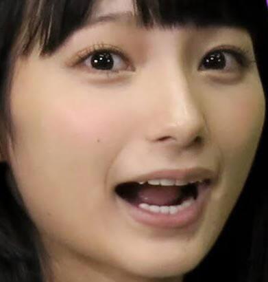 高野麻里佳さんのセクシー画像