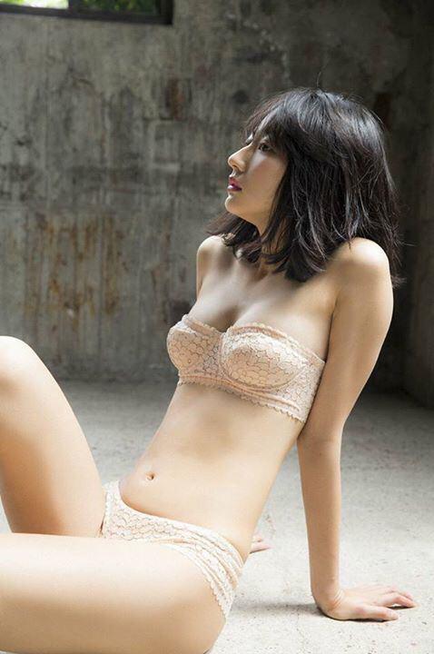 武田玲奈さんのセクシー画像