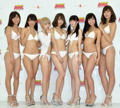 稲村亜美さんのセクシー画像
