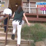 【画像】朝日放送・津田理帆さんの白いパンツがピッタピタなお尻…後ろをついて歩きたくなる😳😳😳