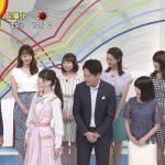 【画像・GIF有】ZIP!・徳島えりかさん、ゲストにお礼のお辞儀をしながらおっぱいの谷間を見せるサービス😍😍😍
