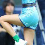 【画像】小島瑠璃子さん、京セラドーム大阪でお尻の丸みがエッチな衣装を着用しノーバン始球式😍😍😍