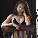 【画像】女優・華村あすかさんの水着姿が可愛くてセクシーだと話題に😍😍😍