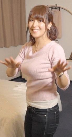 宇垣美里さん胸チラおっぱいなど女性アナウンサーのエッチな画像-468