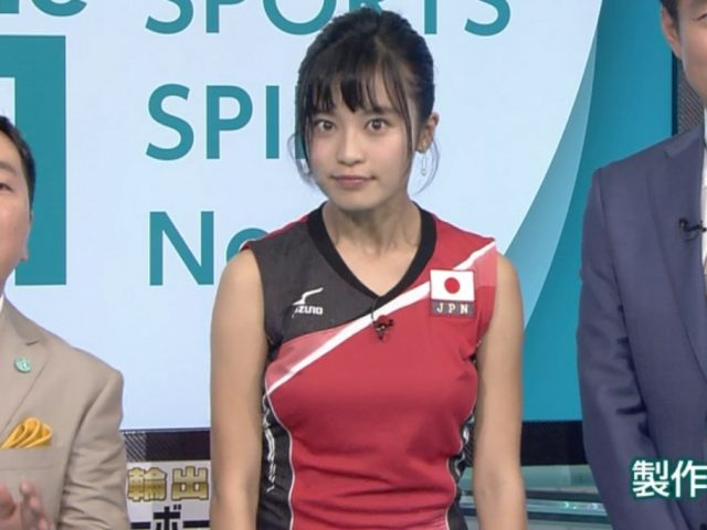 小島瑠璃子さんの水着姿がエッチな画像-186