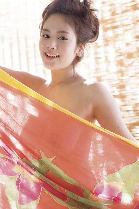 筧美和子さんの大きくて柔らかいエッチなおっぱいの画像-411