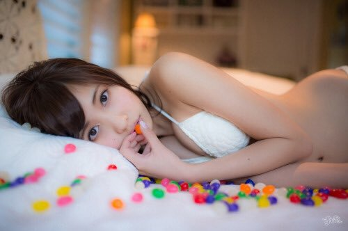 佐野ひなこのさんのおっぱいがエッチな画像-018