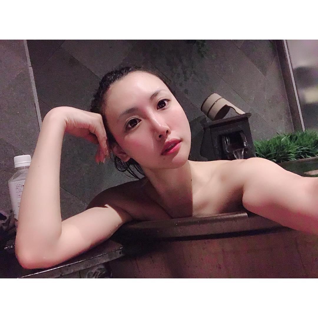 日本イチ予約のとれない美人トレーナー・相良梢さんの画像-233
