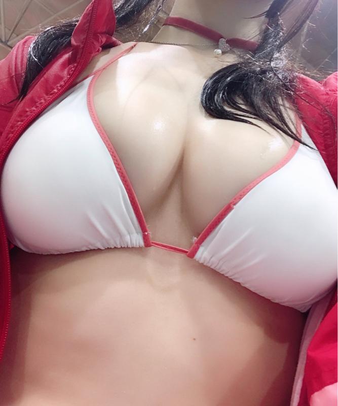 池田エライザさん他巨乳タレントや女性の画像-553
