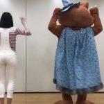【動画・画像】メ~テレ女性アナウンサー・望木聡子さんの透けパンしまくりお尻がエッチな「おはようウルフィ」???