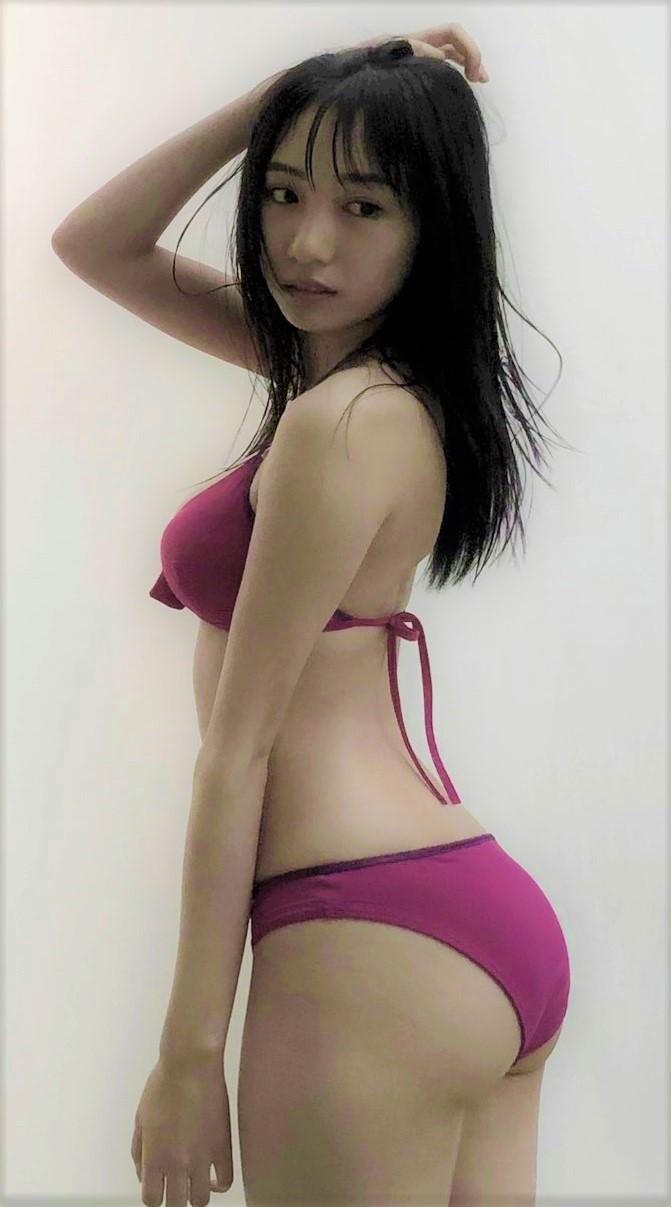 NMB48・横野すみれさんの水着姿-050