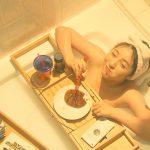 【画像】テレビ朝日のドラマ「アリバイ崩し承ります」で女優・浜辺美波さんのセクシー入浴食事シーン…😍🛀🍗🤔