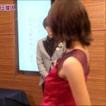 【画像】フジテレビ「馬好王国」で女子アナ・小澤陽子さんのワキからいろいろ覗き込みたくなるエチエチドレス姿😍👗😍👗😍👗😍👗😍👗